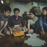 映画『パラサイト 半地下の家族』世界を魅了する若き巨匠ポン・ジュノ監督が描き続けてきたこととは?