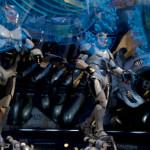 """『パシフィック・リム』人型巨大兵器""""イェーガー""""と巨大怪獣の壮絶な戦闘シーンを惜しみなく公開!今夏最大の超大作本予告映像、遂に解禁!"""