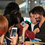 『ジョン・ウィック』主演キアヌ・リーブスが成田に到着!わずか64日ぶりの再来日にファン歓喜!