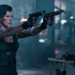 『バイオハザード:ザ・ファイナル』ミラ、ローラがアンデッドを打ちまくるゾンビ殺戮カウント映像解禁!