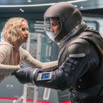 『パッセンジャー』宇宙空間で引き裂かれる2人の本編映像解禁!