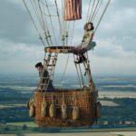 エディ・レッドメイン×フェリシティ・ジョーンズが再タッグ!『イントゥ・ザ・スカイ 気球で未来を変えたふたり』邦題&来年1月公開決定!